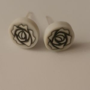 Girls earrings